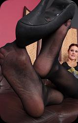 JOYCE: Stockings lesbo tasted